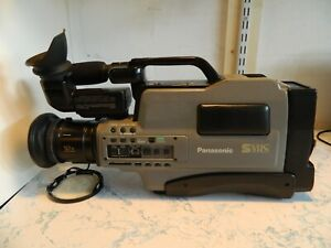 Panasonic AG-456UP S-VHS Camcorder Working See Description