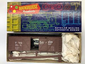Roundhouse #B33-2:25 HO Scale Burlington 40' Truss Side Boxcar Kit #28541 NIB