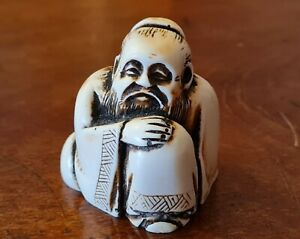 Antique style Netsuke figurine