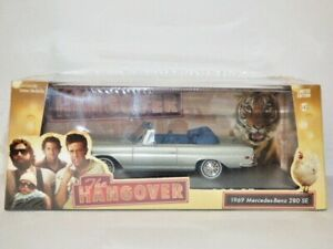 Greenlight Collectibles 1969 Mercedes-Benz 280 SE with Hood Down