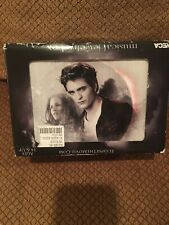 Twilight Eclipse Musical Jewelry Box Edward & Bella New But Music Doesn't Play