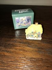Lilliput Lane 1995 Cotman Cottage Miniature Honeysuckle Cottage Miniature