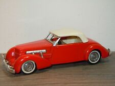 1937 Cord Model 812 Supercharged - Matchbox Yesteryear YY18 England *34621