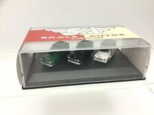 Hornby R7018 OO Gauge Morris Minor Set (3 Cars)