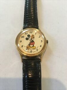 1980's Lorus Mickey Mouse Wristwatch WORKING NEW BATTERY V515-6000