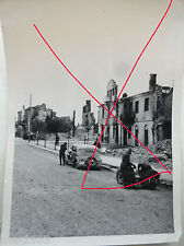 2 x original Foto Polen  1939 zerstörter Strassenzug &  polnisches  Flugzeug