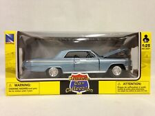 1962 CHEVY IMPALA SS 1:25 DIECAST MUSCLE CAR COLLECTION NEW RAY TOYS BLUE