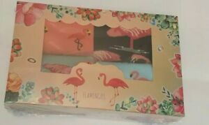 Women's Flamingo Socks, four Pairs. Flamingo Socks In a Gift Box.
