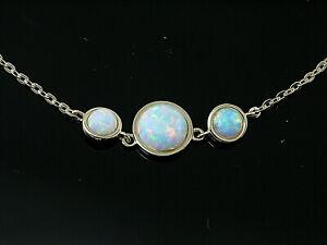 750 Gold Collier mit  echten Opal Anhängern