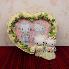 Dear Daniel & Hello Kitty RESIN HEART SHAPE Cream Color PHOTO FRAME Decoration