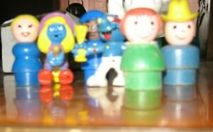 Smurfs and Little People