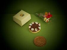 DOLLS HOUSE FOOD - MINIATURE BOXED CHOCOLATE GATEAU & SPRING FLOWERS