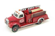 N Scale Mack B Fire Truck Kit by Showcase Miniatures (133)