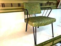 Vintage MID CENTURY MODERN Vinyl and Metal Black Legs Lounge Chair MOD