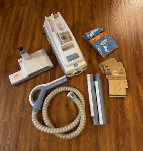 ELECTROLUX AERUS LUX LEGACY VACUUM With Powered Brush Model C153C. Nice!