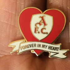 ARSENAL AFC FOREVER IN MY HEART RED ENAMEL PIN BADGE