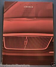 1993 Lincoln Catalog Brochure Continental Town Car, Mark VIII Excellent Original
