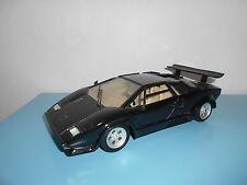 05.06.16.4 Polistil Tonka Lamborghini countach noir 1/18