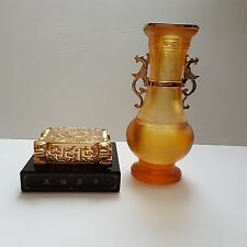 "CHINA ONYX PAPERWEIGHT AND CRYSTAL GLASS VASE GOLD PLATED ""LIULI STORY"""