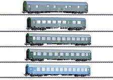 """Märklin H0 42982 Reisezugwagen-Set """"Deutsche Reichsbahn der DDR"""" - NEU + OVP"""
