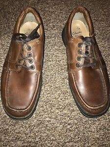 Mans Clarks Shoes Size 8 Cushion Cell
