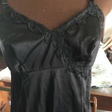 Vintage Lacy Black Baronet Full Slip Size 34