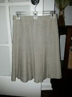 GORGEOUS Burberry London Women's Pleated & Lined Skirt, Size 38 - NICE !!!
