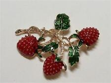 CG3152...ENAMELLED STRAWBERRY  BROOCH  - FREE UK P&P
