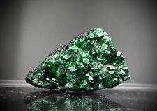 Uwarowit, grüner Granat, Russland Uwarowite Green Gemstone