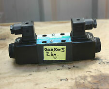 EATON VICKERS DG4V-3S 2C M U H5 60 Solenoid Operated Directional Valve