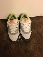 nike air max youth size 4