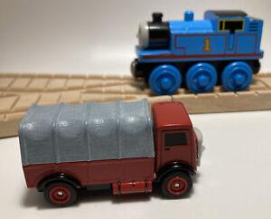 ERTL Lorry 2 Truck MINT Vintage Train Set WORKS w/ THOMAS WOODEN RAILWAY