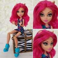 Mattel Monster High Doll Ghoul Fair Howleen Wolf Pink Hair Doll Beautiful