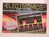 Scholastic Electronics Lab-NIB-Build 10 Projects-Homeschool-Free Shipping