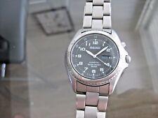 Vintage Original Seiko Watch Co Kinetic 5m43 Black Dial WR50M Wristwatch