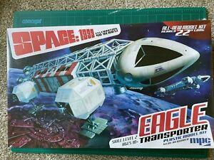MPC Space 1999 Eagle Transporter - Plastic Model Kit - 1/48 + EXTRAS
