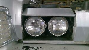 1973-1976 Lincoln Mark VI Right Headlight Assembly with Door OEM
