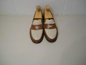 COLE HAAN TWOTONE DRESS/CASUAL LOAFERS  SIZE 11-D.....MADE IN ITALY