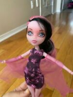 Monster High Draculaura Doll Haunted Getting Ghostly