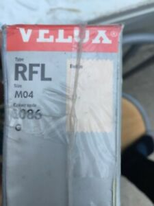 VELUX ROLLER BLIND / TYPE: RFL / SIZE: M04 / COLOUR CODE: 1086 G BEIGE / NEW