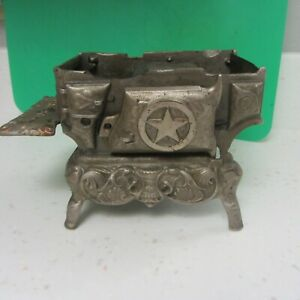 Toy cast iron stove for parts or restoration