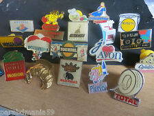 Lot anciens pin s publicitaire-Antenne2,Cajoline,nostalgie,diamantine......Rares