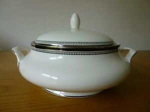 Royal Doulton Sarabande Tureen or Lidded Serving/Vegetable Bowl