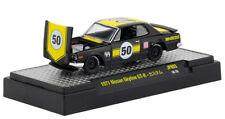 M2 Nissan Skyline GT-R 1971 Black w/ Yellow Stripes Mooneyes 32500 JPN03 1/64