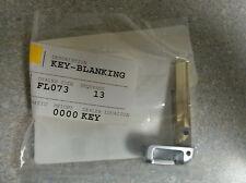 GENUINE OEM 2011-2014 Hyundai Veloster, I-30 UNCUT KEY BLANK (81996-1R020)