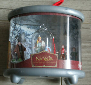 boîte de 4 figurines narnia - famosa 2006 spain - disney - pollypocket sorcière