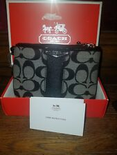 NWT COACH Signature Canvas Corner Zip Wristlet - Black New with box gift set