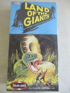 2002 LAND OF THE GIANTS GIANT SNAKE MODEL KIT BY POLAR LIGHTS 7512 IN BOX