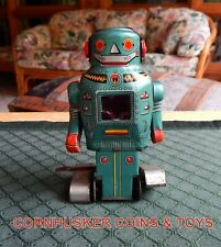 MIGHTY MECHANICAL TIN WIND UP ROBOT WITH SPARKS MADE IN JAPAN ~ SPORADIC SPARKS