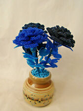 TABLE ART BLUE PRECOSIA SEED BEAD ROSES X 3 SET IN CERAMIC VASE